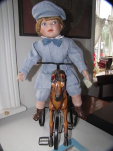 doll-on-horse